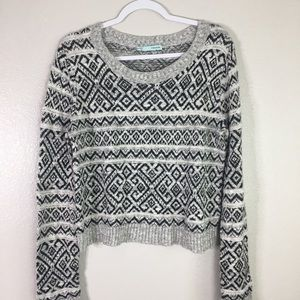 Maurices cropped sweater. Size medium
